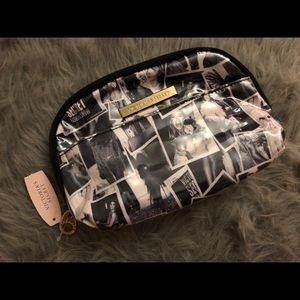 🛍2/$35 Victoria's Secret Super Model Makeup Bag